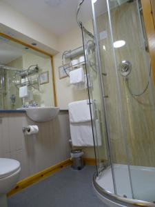 A bathroom at The Sands Hotel, Orkney