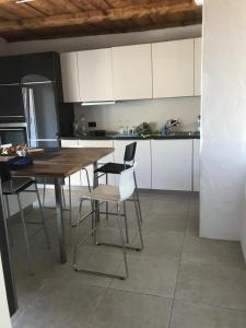 Küche/Küchenzeile in der Unterkunft Hotel und Restaurant zum Hirschen