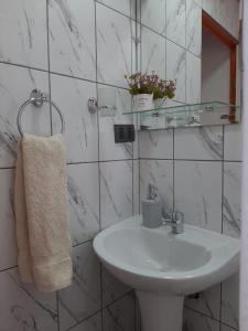 Um banheiro em Parina Atacama Apart Hotel