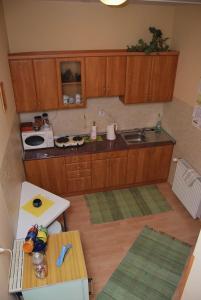 Kuchnia lub aneks kuchenny w obiekcie Noclegi Viktor