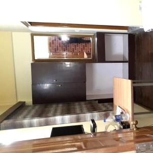 A kitchen or kitchenette at King Thai Hotel and Restaurant