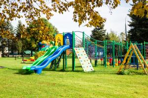 Children's play area at Country Club Tropicana Park