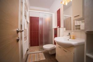 Salle de bains dans l'établissement Villa Carmen Rooms & Apartments