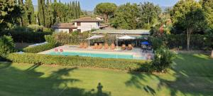 The swimming pool at or near Hotel Parco Dei Cavalieri Assisi