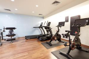 The fitness center and/or fitness facilities at Sonder l Chambers