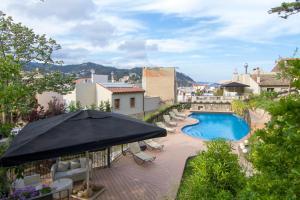 Вид на бассейн в Boutique Hotel Casa Granados или окрестностях