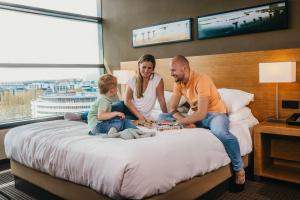 A family staying at Hyatt Place Amsterdam Airport