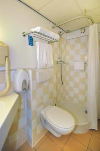 A bathroom at Badhotel Scheveningen