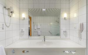 Un baño de Soria Moria Hotell