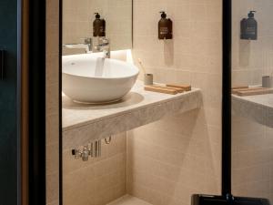 A bathroom at Wren Urban Nest