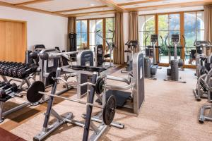 The fitness center and/or fitness facilities at Berghotel Rehlegg