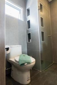 A bathroom at Surf and Sand Resort