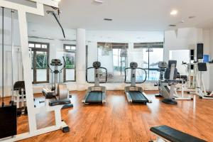 The fitness center and/or fitness facilities at Hotel Resort & Spa Baia Caddinas