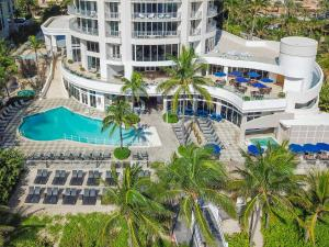 A view of the pool at DoubleTree by Hilton Ocean Point Resort - North Miami Beach or nearby