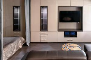 Кровать или кровати в номере Smart House
