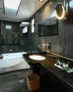 A bathroom at Galaxy City Center Hotel