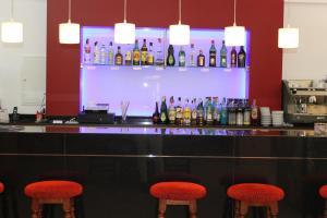 De lounge of bar bij Apartamentos Isla Del Sol