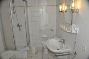 Ein Badezimmer in der Unterkunft Hotel Zierow - Urlaub an der Ostsee
