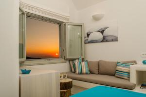 A television and/or entertainment center at Aerino Villa