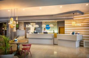 Lobby/Rezeption in der Unterkunft Crystal Sunny Hotel by Valamar