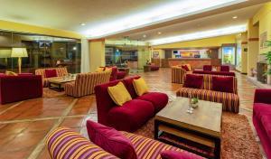 The lobby or reception area at Sonesta Posadas del Inca Puno