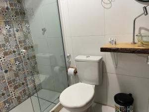 A bathroom at Pousada R.N.C. Nosso Paraíso