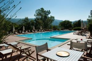 The swimming pool at or close to Agriturismo Azienda Agricola Il Pozzo