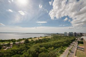 Uma vista aérea de Blue Tree Towers Millenium Porto Alegre