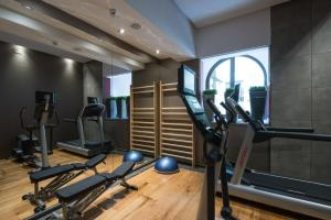 The fitness center and/or fitness facilities at Catalonia Port