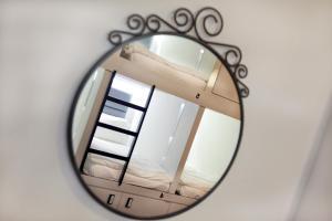 Ein Badezimmer in der Unterkunft Wink Capsule Hostel @ Chinatown (SG Clean)