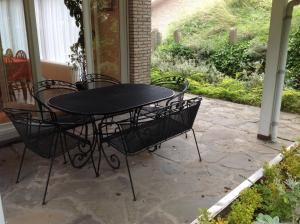 Een patio of ander buitengedeelte van Villa Maran