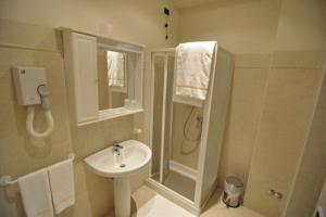 A bathroom at Albergo Villa San Giuseppe