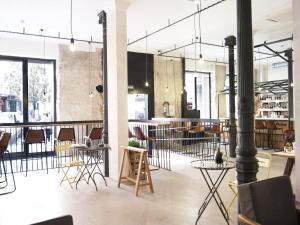 Un restaurante o sitio para comer en The Hat Madrid