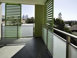 A balcony or terrace at Baileys Serviced Apartments