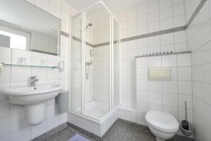 A bathroom at Insel Hotel