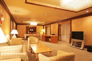 The lounge or bar area at Hotel Okura Sapporo