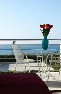 A balcony or terrace at Brezza Di Grecale