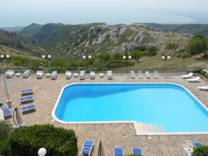 A view of the pool at Hotel Santangelo or nearby