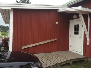 Fasaden eller entrén till Sangis Motell och Camping