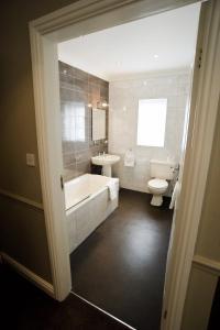 A bathroom at The Ashbourne Hotel