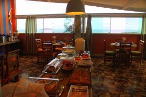 Um restaurante ou outro lugar para comer em Bella Vista Ocean View