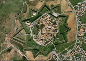 Uma vista aérea de A Muralha