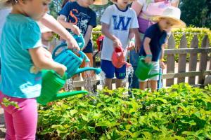 Niños alojados en Vilar Rural De Sant Hilari Sacalm