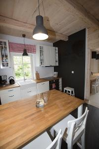 Kuchnia lub aneks kuchenny w obiekcie Miętowa Dolina