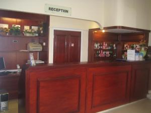 The lounge or bar area at Hallam Hotel