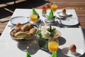 Options de petit-déjeuner proposées aux clients de l'établissement Hotel Rubens