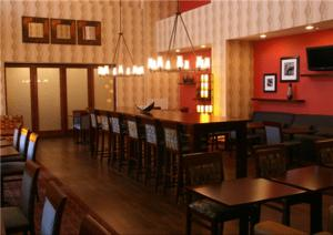 A restaurant or other place to eat at Hampton Inn & Suites Bastrop