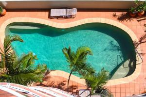 A view of the pool at Waterview Resort or nearby
