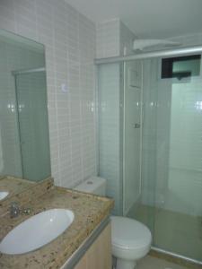 A bathroom at Jardins do Atlântico