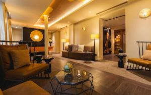Uma área de estar em Hôtel de la Bourdonnais